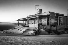 01-Abandoned_M_Erith_15-pts_JC
